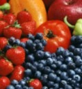 Eating Blueberries &#038; Strawberries May Slow Mental Decline with Aging, Study Finds