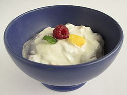 Eating Yogurt may help prevent High Blood Pressure, New Study Finds (Image courtesy of Wikipedia Commons)